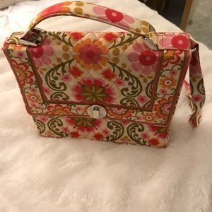 PERFECT SUMMER BAG! Vera Bradley Bag